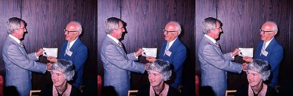 1983_Howard_Sweezey_giving_Seton_Rochwit