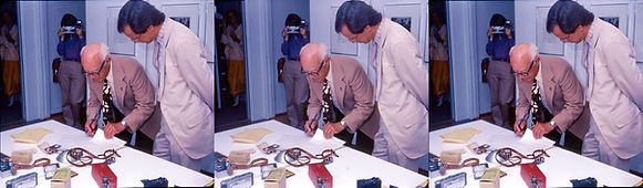1985_Seton_Rochwite_signing_donation_pap