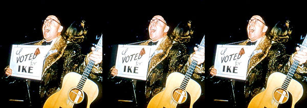 An Enthusiastic voter at Festival of Stars No 22.jpg