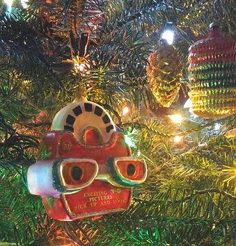 View-Master Xmas tree ornament.jpg