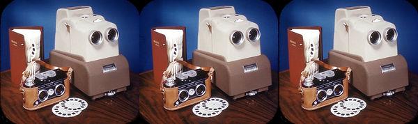 DR-4 View-Master stereo camera album & S