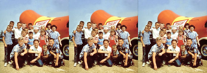 Oscar Meyer with Weinermobile and group
