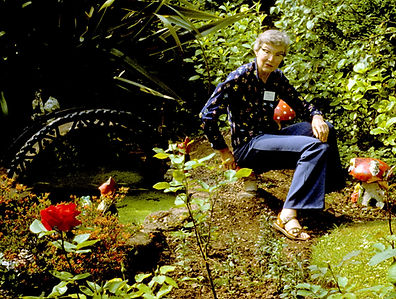 Pat Whitehouse in a garden flattie.jpg
