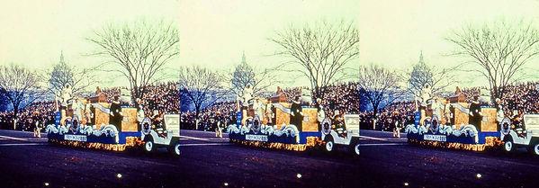 IkeParalIke Parade float for Massachusetts.jpg