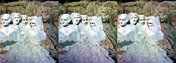 R-4_Mount_Rushmore_SD_by_James_and_Rose_