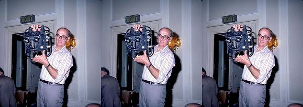 1983 ISU Buxton UK Eric Silk holding 3D
