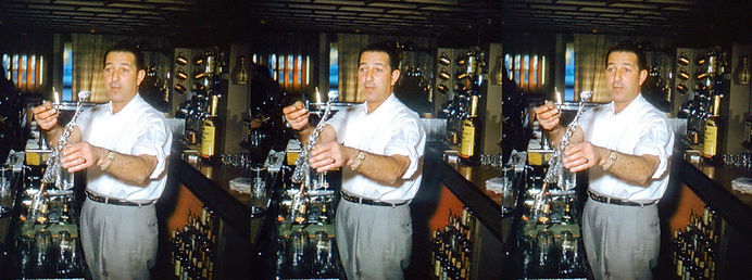 Bartender_throwing_water_in_the_air_1950