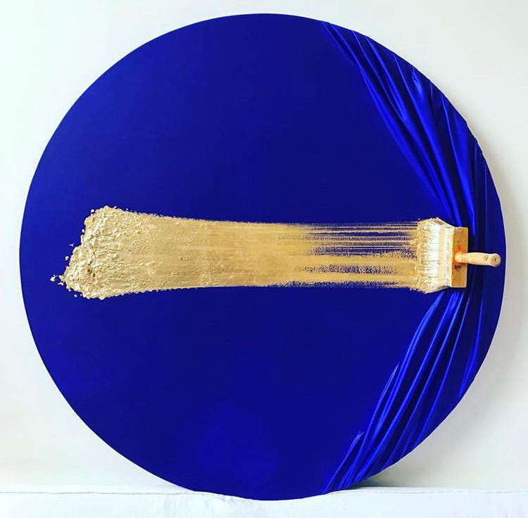 """Brosse arrêtée blue & gold"""