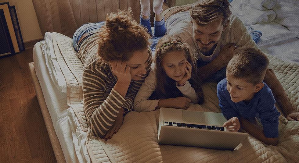 hero-home-family.jpg