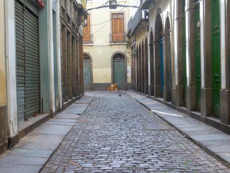 O impacto da COVID-19 no setor de bares e restaurantes do Rio