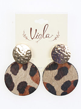 ANIMAL PRINT ROUND LEATHER HAMMERED METAL DISK EARRING