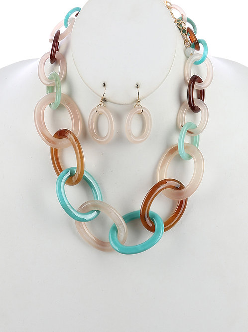 LUCITE CHUNKY LINK CHAIN NECKLACE AND EARRING SET
