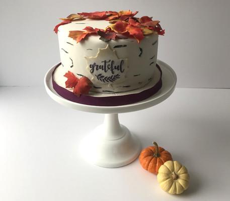 Thanksgiving_Cake_Autumn_edited.jpg