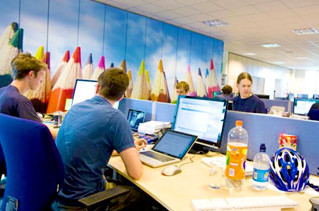 4 Reasons why Entrepreneurs should join a Business Incubator or Support Center
