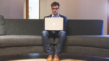 How to Develop and Manage a Successful Remote Team in the Digital Age