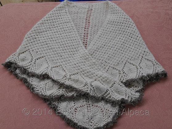 SH04 - Lacy Edged Cream Shawl/Med grey border