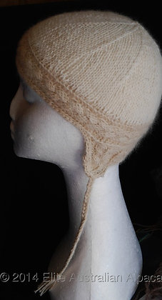 BS13-D - Cable Panache Hat - White+Light Fawn