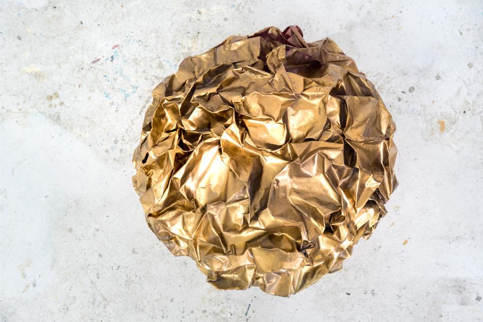 Golden nugget, 45 x 50 x 40 cm, mixed media, 2018