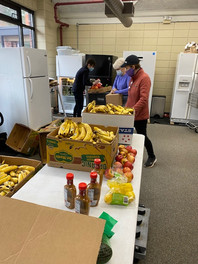Atlanta Second Helpings, a food rescue agency, brings food weekly.