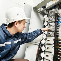Услуги электрика в Риге  и Рижском районе