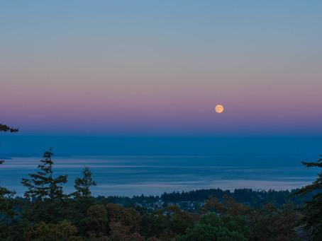 さそり座の満月