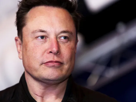 Elon Musk Really Is Living in a Tiny Prefab House in Boca Chica