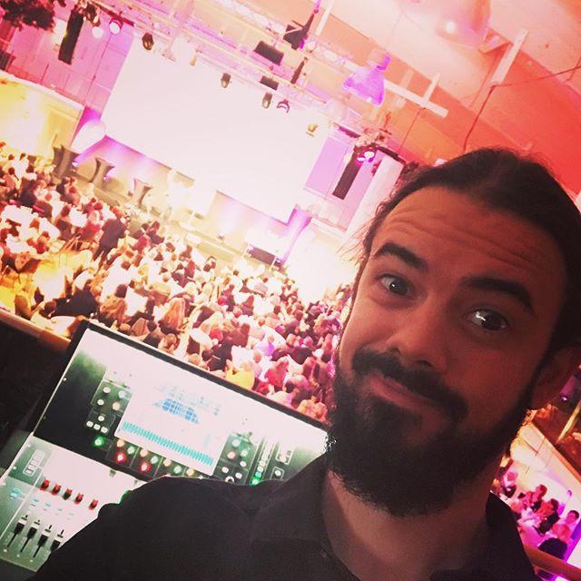 #heyholetsgo #showtime in SBG City! #stu