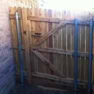 6__Wood_gate_3_hinge__inside__DFW_Fence_