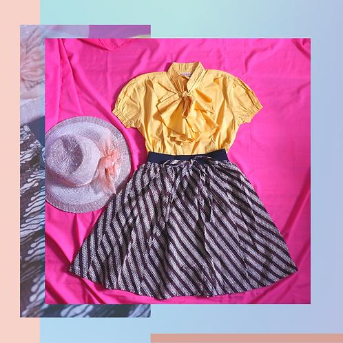 Set Yellow Ruffle Blouse x Batik Skirt