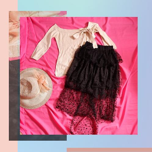 Set Knit Blouse Pita x Black Polcadot Skirt