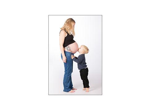 3 Vorlage Babybauch Größe Bild Kopie.jpg