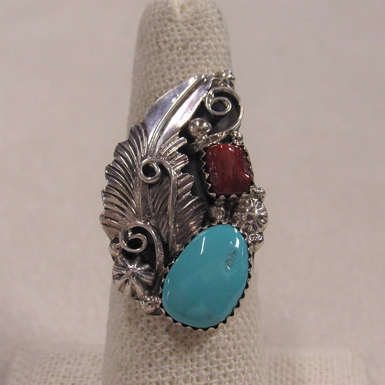 Beautiful Southwest Coral and Turquoise Ladies Ring