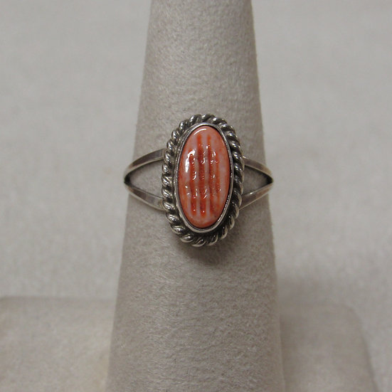Sterling Silver and Spiny Oyster Shell Southwest Ring Size 6 1/2