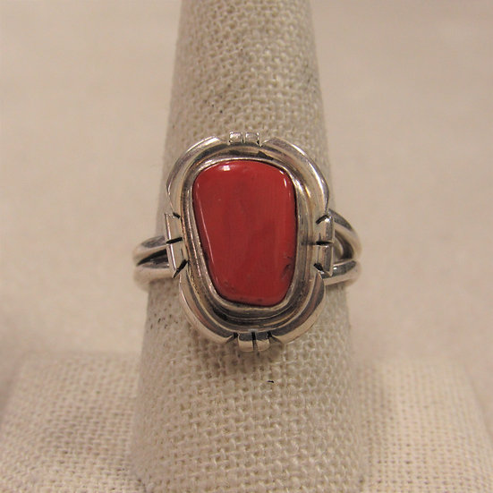 Beautiful Sterling Silver Southwest Coral Ladies Ring