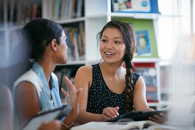 Classmates na Biblioteca