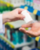 Les mains des pharmaciens