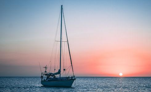boat%20on%20ocean_edited.jpg