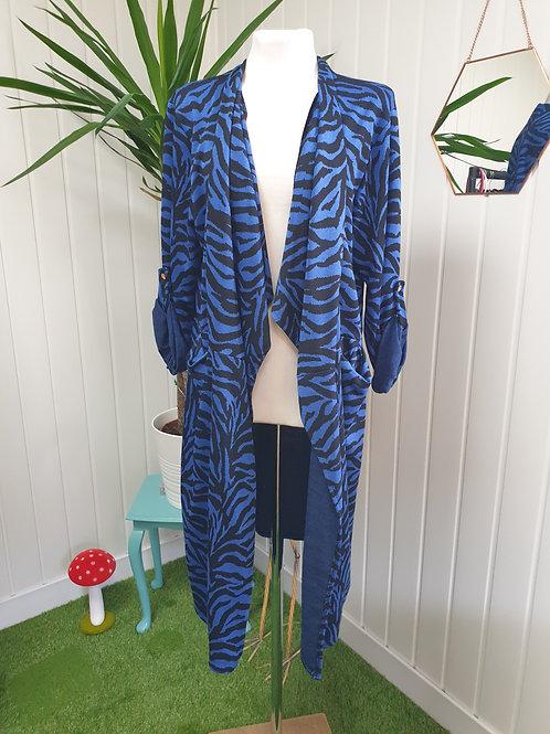 Casual Cardi /Coat in Blue Zebra Print -Size XL (16-18) (WIN)