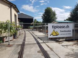 Eingang zur Tipioase