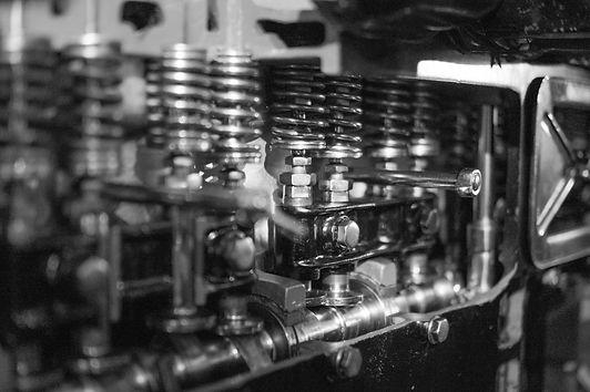 motor-1185748_1920.jpg