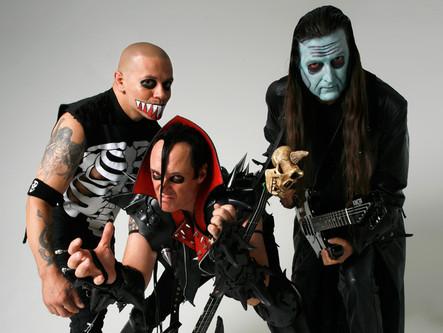 Misfits vai realizar turnê com membros originais e Dave Lombardo