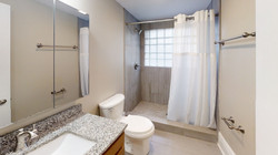 2265-N-High-St-Bathroom