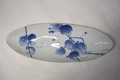 野ぶどう 線彫尺楕円40㎝皿