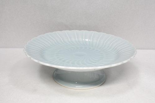 青白磁 菊彫高台皿