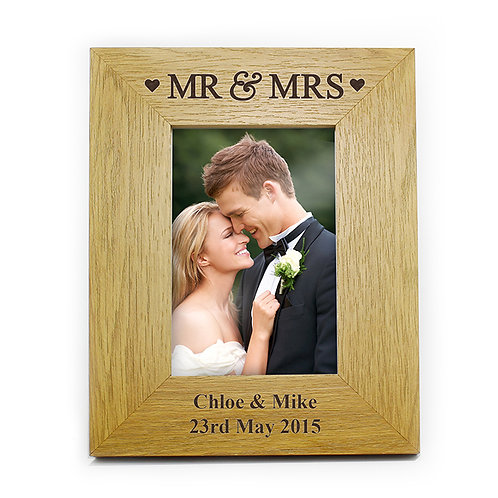Personalised Mr & Mrs  6 x4 Oak Frame-watchboxleamington.com