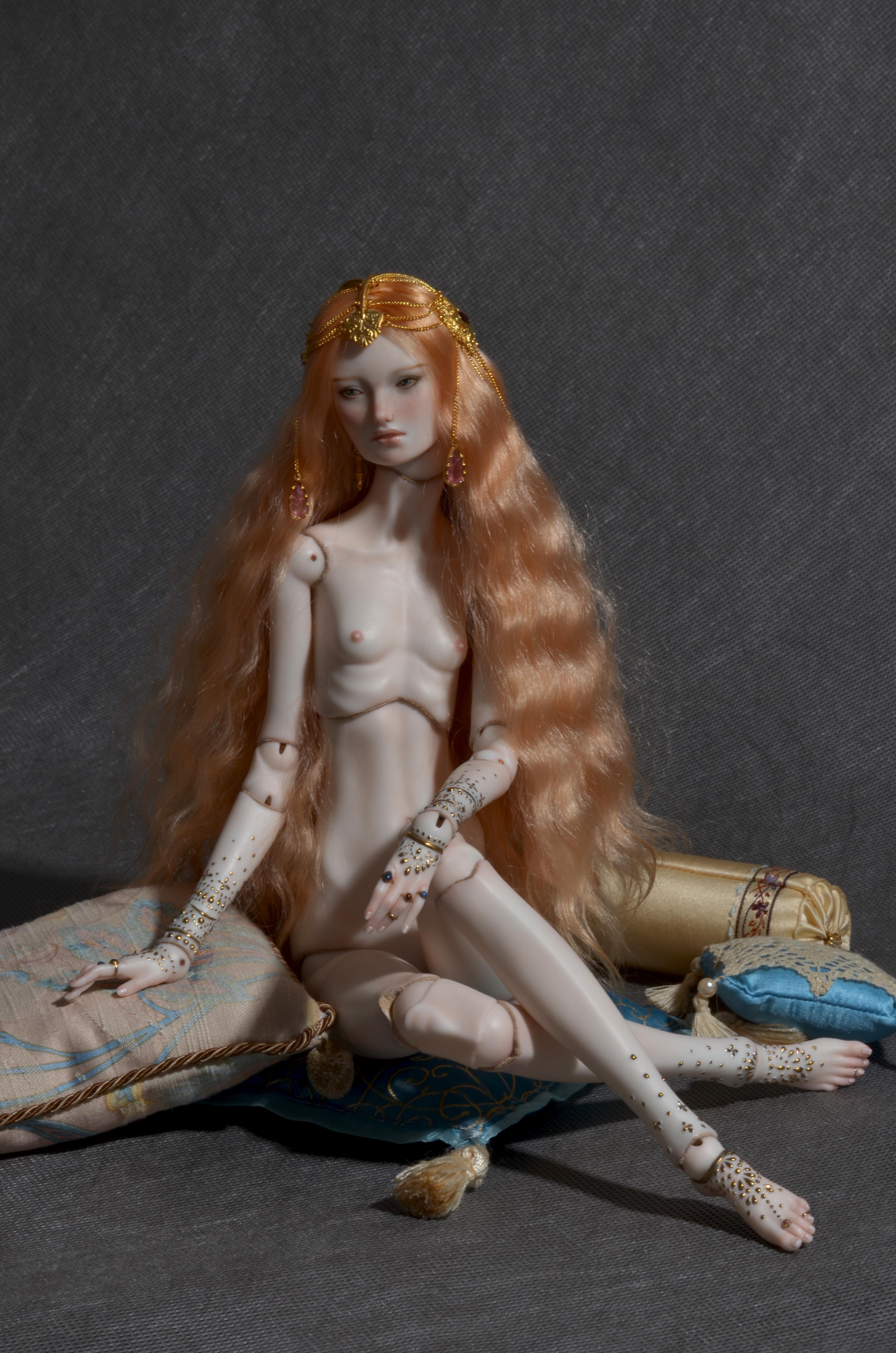 VividDolls porcelain bjd doll