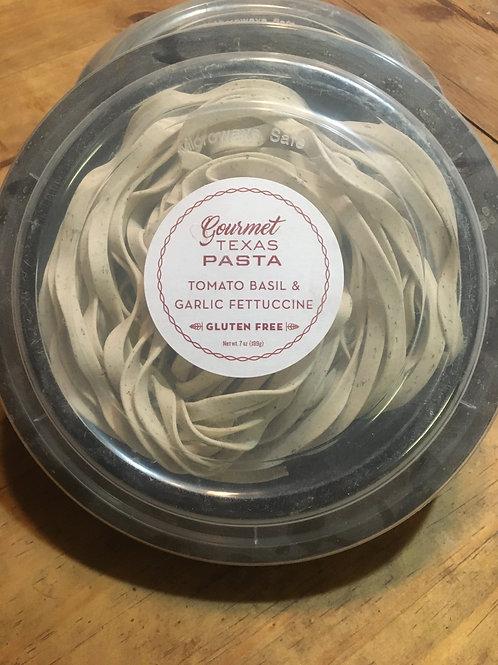 Gluten Free Tomato Basil & Garlic Fettuccine