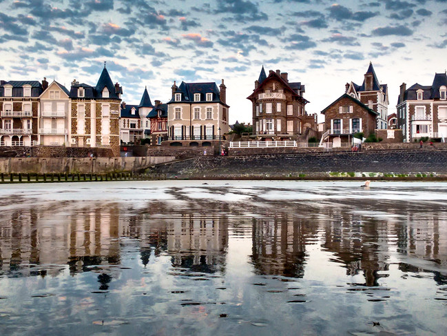 SEAFRONT, ST. MALO