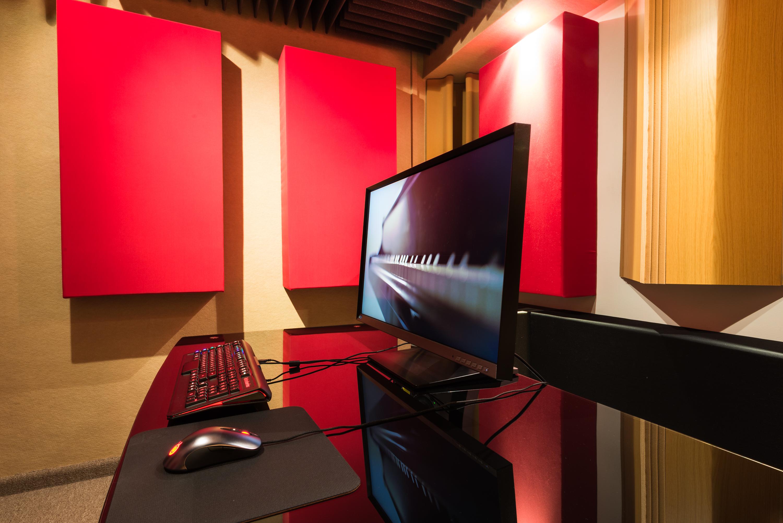 JCValcon Studios (3 of 5)