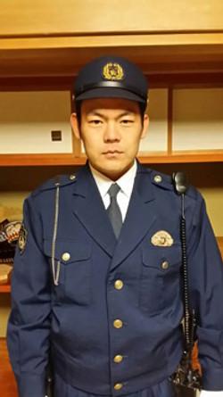 西富警官のコピー.jpg